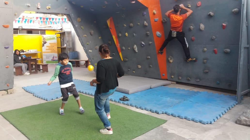 ballon, coordinations et équilibre